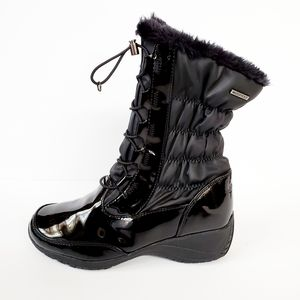 NWOT Khombu Mary Winter Boots